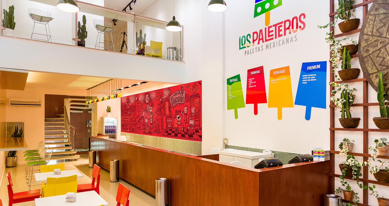 Loja Los Paleteros inaugurada na Barra da Tijuca em comemoração da marca.